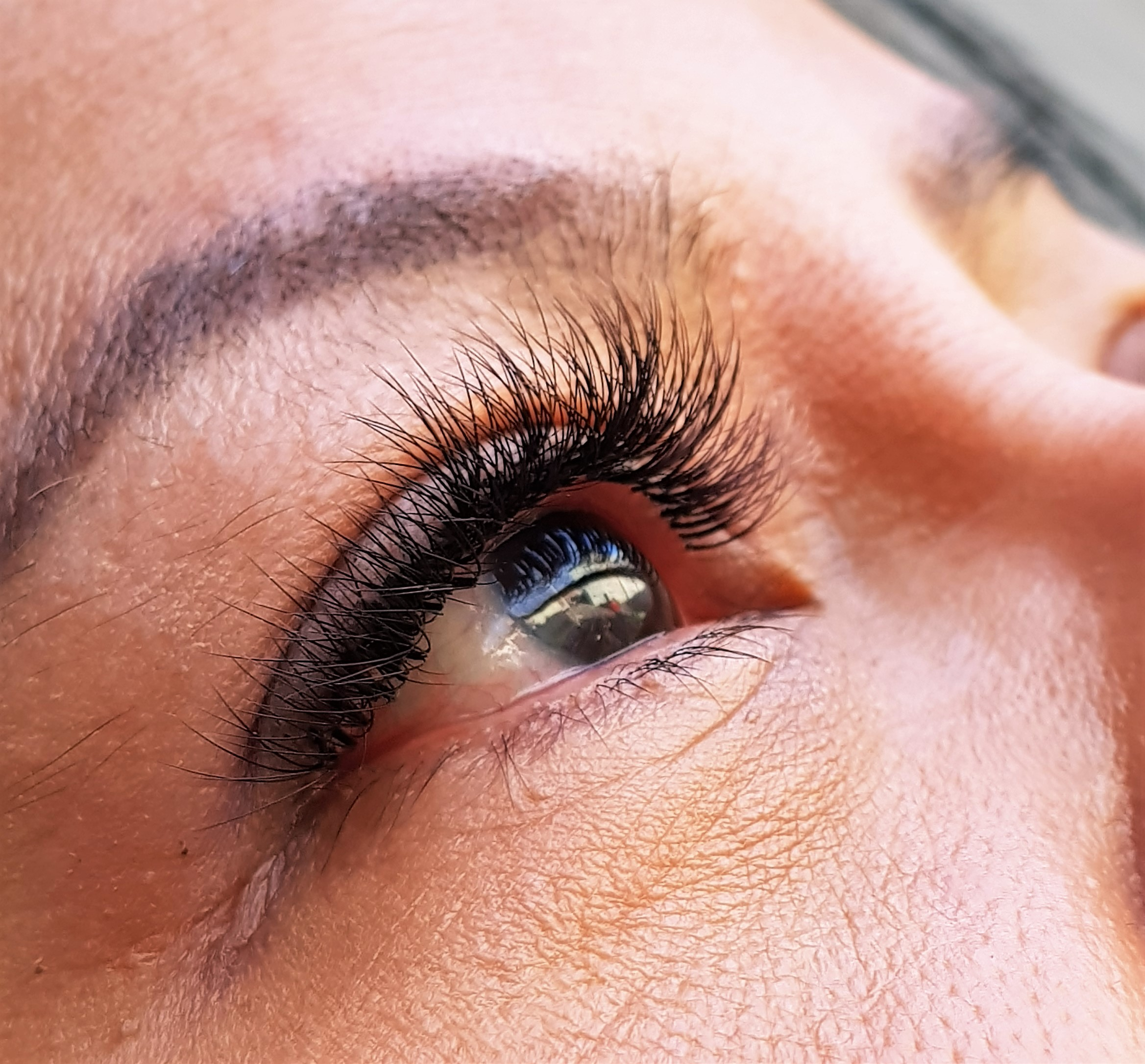Volume eyelash extensions Edmonton